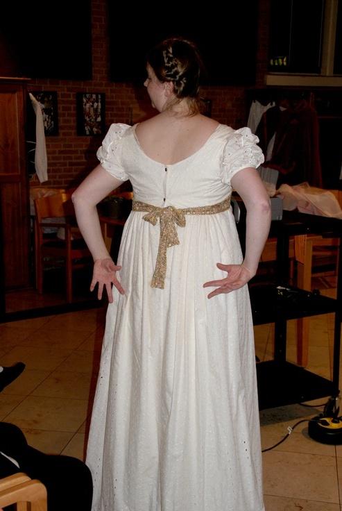 empire jurk achterkant