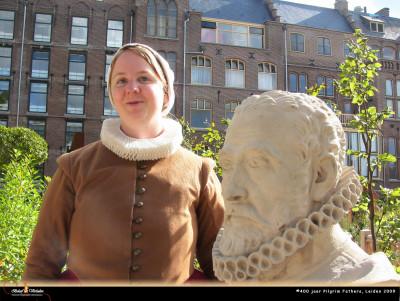 Magdalena Hoest, vrouw van een drapenier.