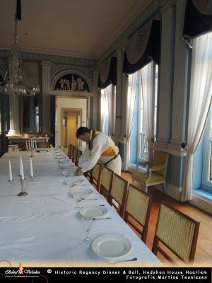 Bedienden bereiden het diner voor