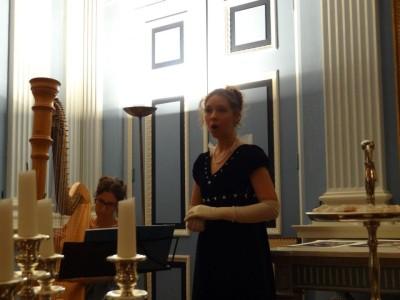 Beleef Het Verleden - bal en diner Keetje Hodshon - harpiste en zangeres