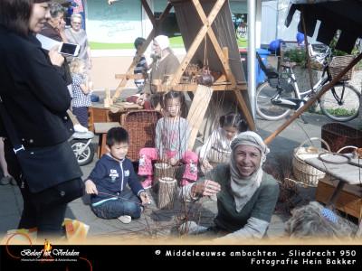middeleeuwse manden maken