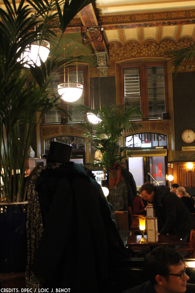 Grand Cafe Amsterdam Centraal_1_300116